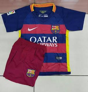 gambar desain terbaru jersey musim depan kamera photo foto Jersey Barcelona home kids terbaru musim 2015/2016 di enkosa sport kualitas grade ori