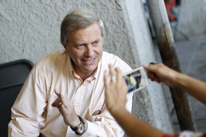 Acusan a José Antonio Kast de intervencionismo electoral en Estadio Nacional