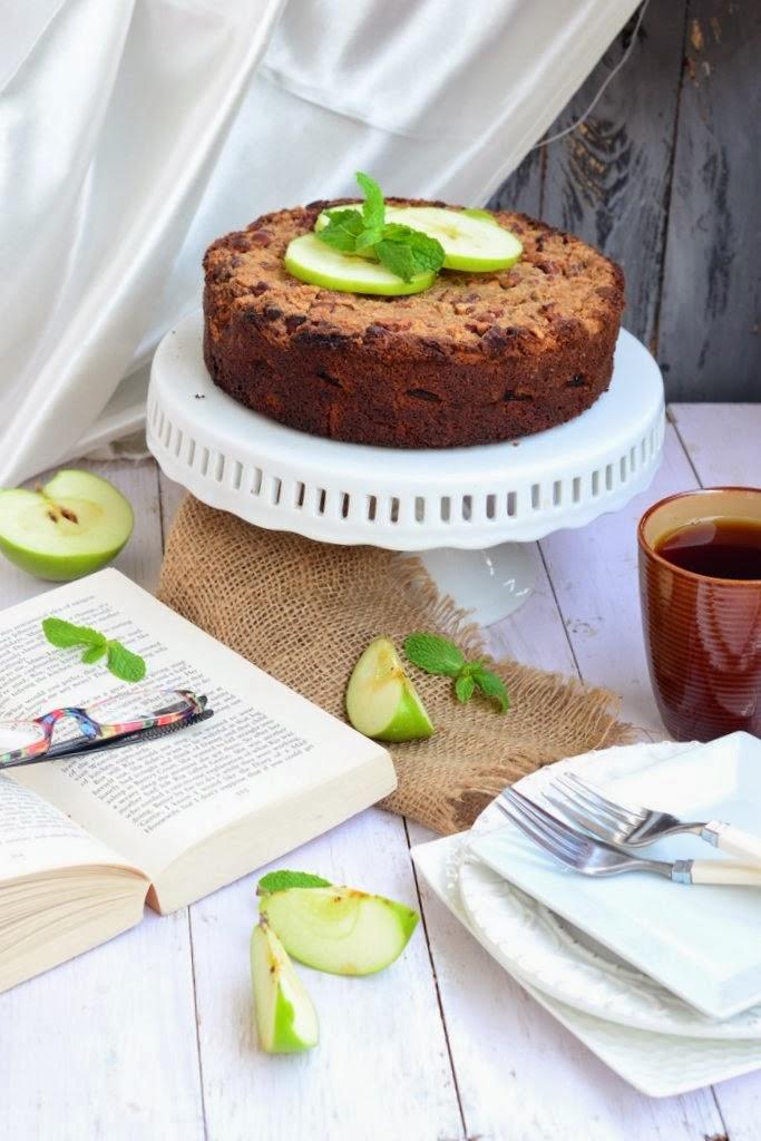 german apple and pecan cake