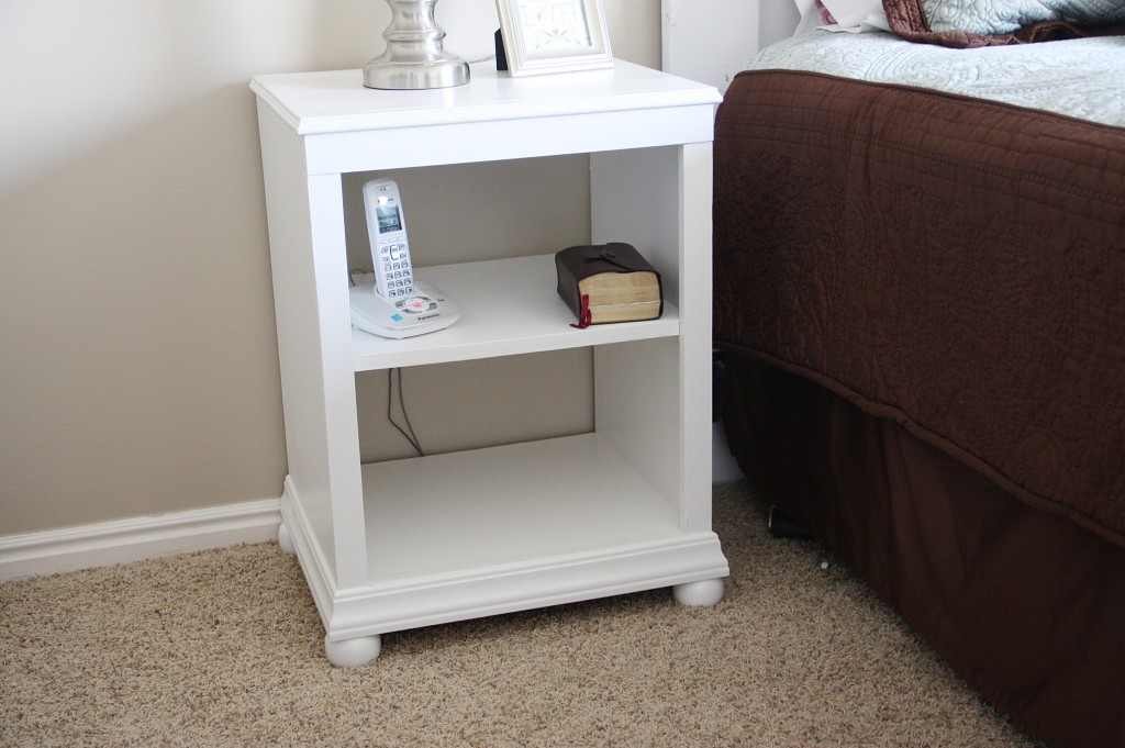 Katie nightstand with shelves building ana white for Simple nightstand designs
