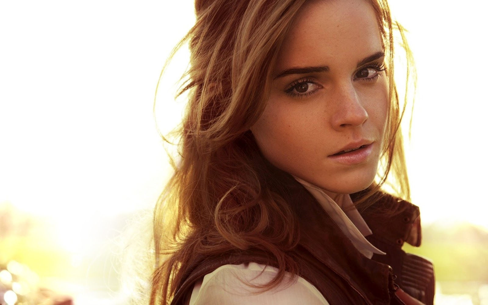 Actress Photographs: emma watson pink dress beauty world ...