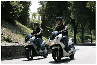 Etika berkendara motor yang baik benar