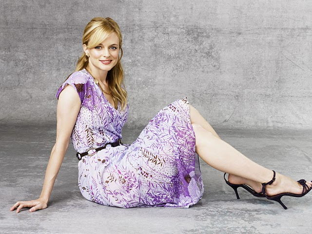 Heather Graham Hot Photos Collection