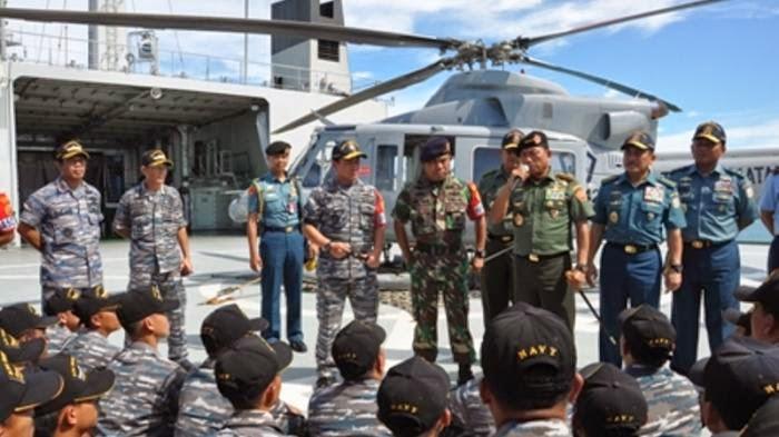 Panglima TNI Tinjau Satgas Garda Wibawa Perbatasan RI - Malaysia
