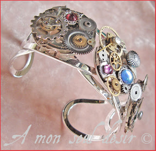 bracelet steampunk bijou mouvement de montre mécanique mécanisme rouages horlogerie steampunk bracelet gears clockwork watchwork watch part jewel