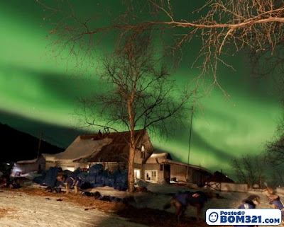 Fenomena Aurora Yang Indah