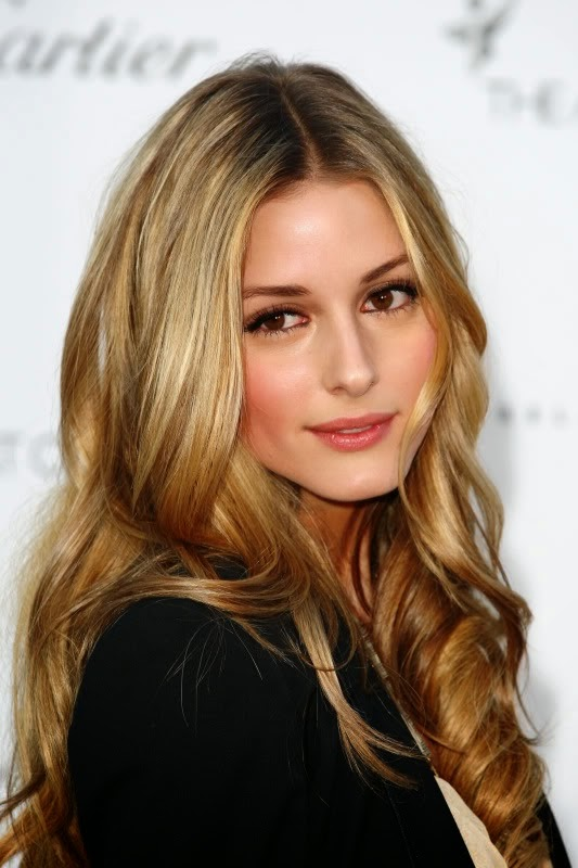 beautiful dark golden blonde hair color and style