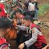 Tim SAR Gabungan Lakukan Evakuasi Bencana Longsor Di Kabupaten Bogor