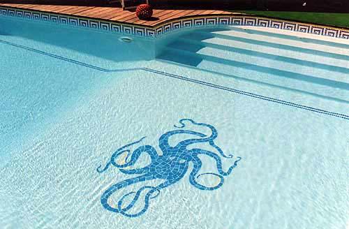 Les plus belles d corations de fond de piscine robot for Piscine design mosaique