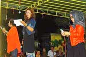 Baca Puisi Di Road Show PMK Amuntai