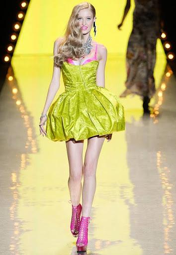 Къса рокля с пола балон от Betsey Johnson