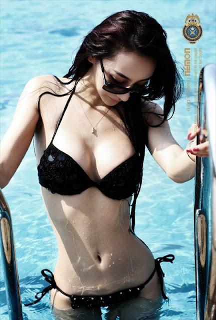 Chinese Model  Jin Mei Xin in black Bikini