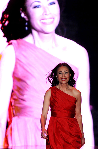Ann Curry hot photo