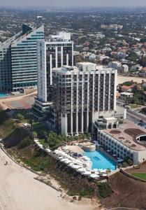 מלון בהרצליה טמרס