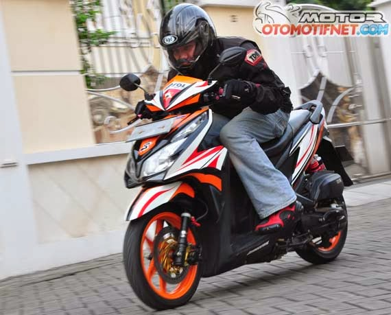 Modifikasi Honda Vario Techno 125 : Honda vario techno bore up title=