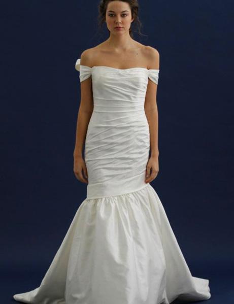 Miss Ruby Boutique: Bridal gown sample sale - HUGE savings!
