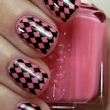 Black and Pink Checked Nail Art