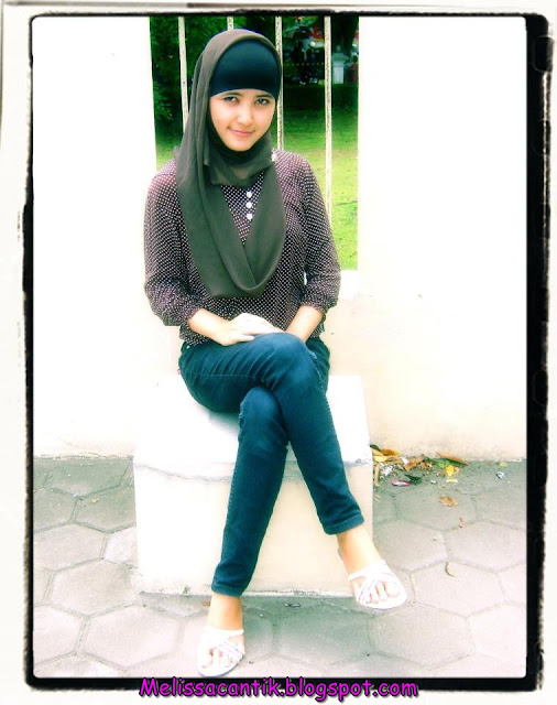 http://senthod1986.blogspot.com/2012/10/15-model-cewek-jepang-dengan-payudara.html