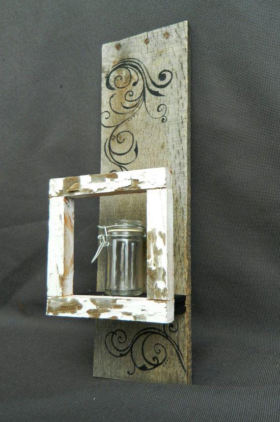 Prateleira de madeira reuso decorada