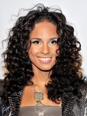 Alicia Keys medium length curly Hairstyle