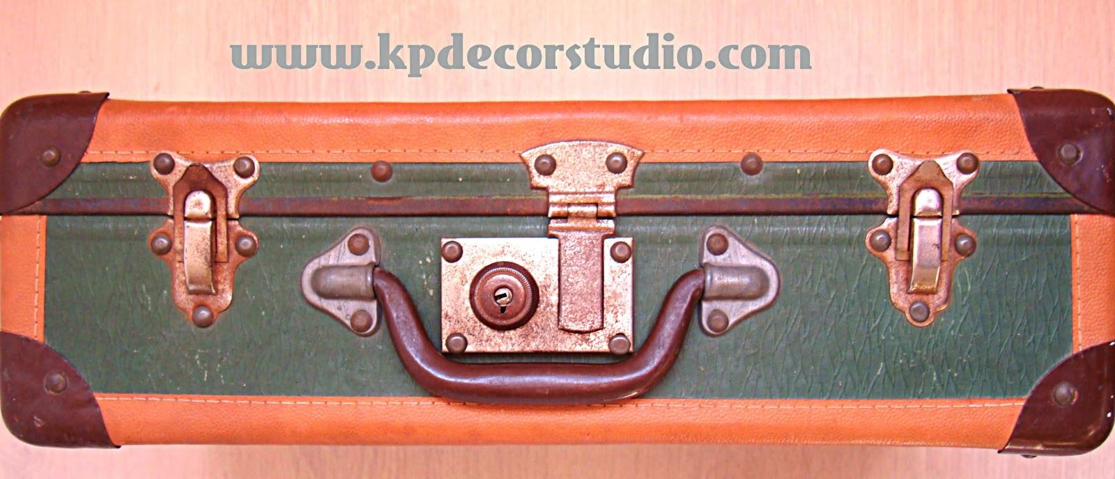 5bce80d55 kpdecorstudio. comprar maleta antigua segunda mano. Decorativa y barata, años  60, 70. KP. Comprar maletas antiguas para decorar ...