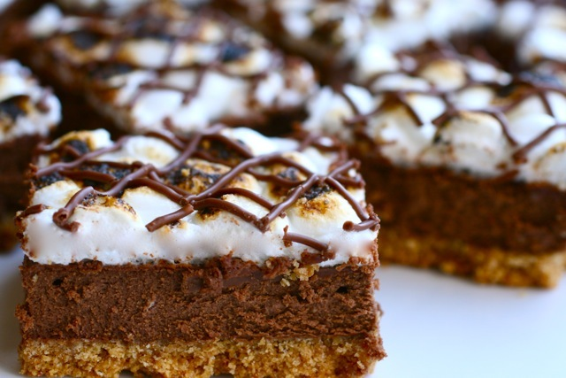 carolynn's recipe box: S'mores Cheesecake Bars