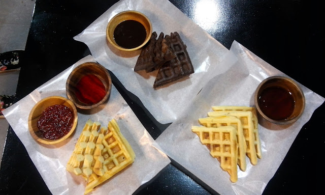 tambayan 101 Waffles in strawberry, chocolate and bacon!