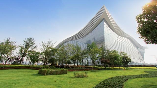 China inaugura a maior construção já levantada pelo homem  | Fonte: Reprodução/GIZMODO