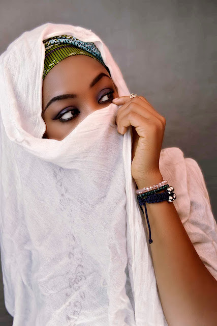 hausa-woman-fashion-blogger-yoruba-woman-independence-day-iro-buba-ipele