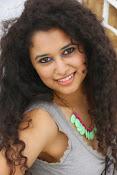 Soumya Sukumar latest hot gallery-thumbnail-17