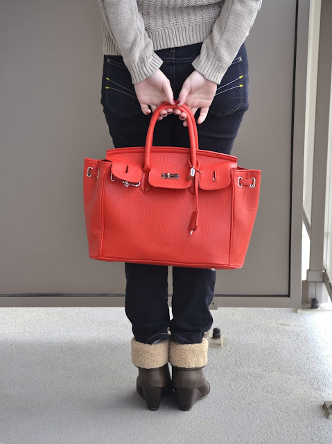 red bag, lockable red bag, call it spring boots, hm sweater, how to style a red bag, how to use a red bag,