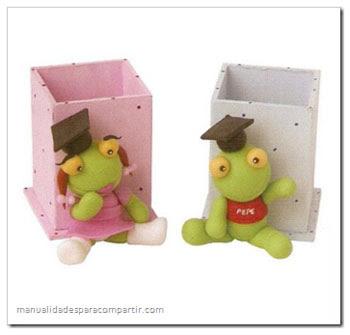 Sapo Pepe y Sapa Pepa paso a paso. Sapo Pepe de porcelana fria.