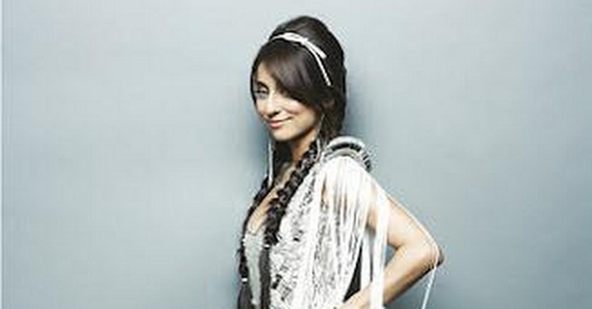Latest Hot Photoshoot Of Bollywood Celebrity Vidya Balan 2015:
