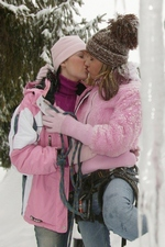 Sweet Zuzanna toys her girlfriends pussy in the snow