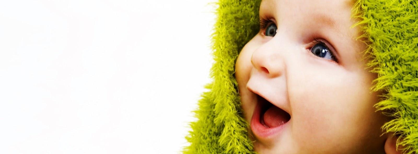 En tatlı bebek kapak fotoğrafları