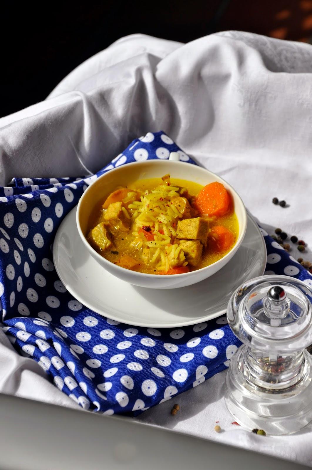 Szybko Tanio Smacznie - Kolonialna zupa z kurczaka