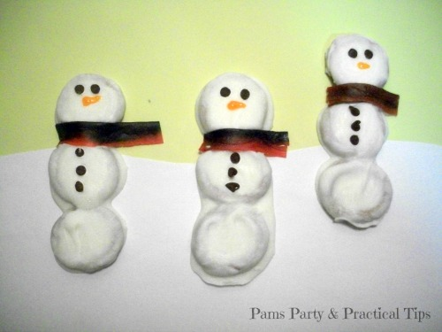 Dipped Snowman Pretzels