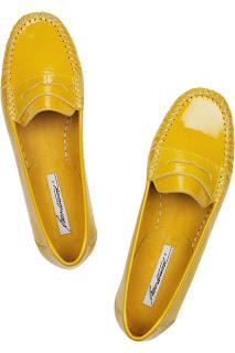 Do Tabitha Simmons Shoes Run Small