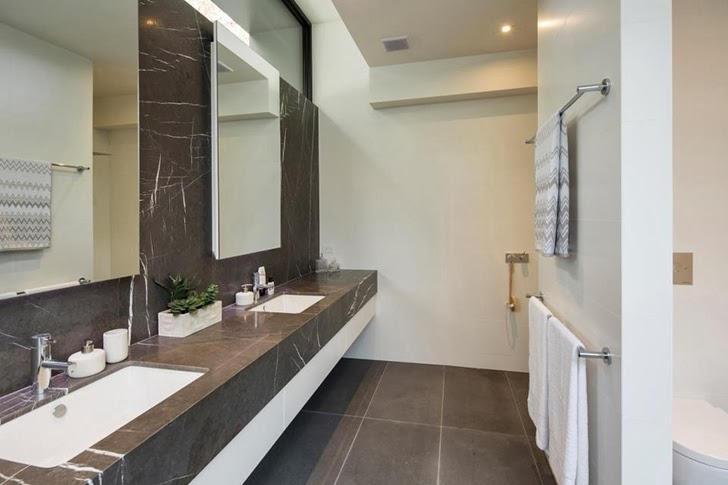 Bathroom in Contemporary Style Home by Domoney Architecture