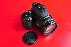 Nikon Coolpix P900...