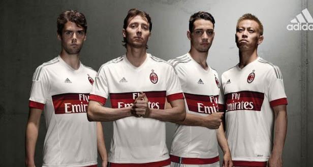 """<img src=""""AC Milan Away 2015-2016.jpg"""" alt=""""AC Milan Away 2015-2016 Jersey"""">"""