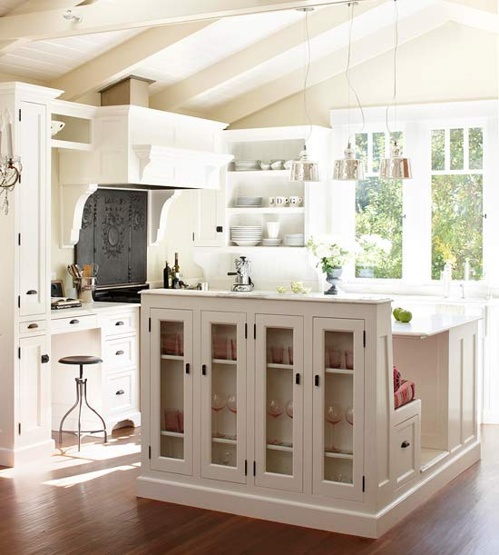 Lynn Morris Interiors : Must-haves In Kitchen Design
