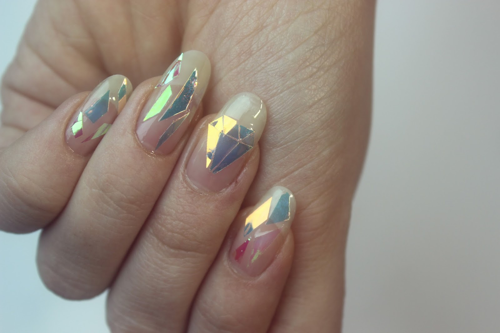 bearyprincess: Shattered Glass And Diamonds Inspired Nails