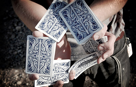 Split Spade Playing Card Flourish ตัดไพ่ เดวิด เล่นกล มายากล