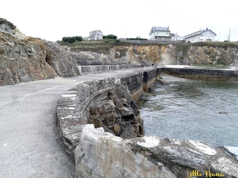 Viajar con niños al Faro Isla de Tapia Asturias
