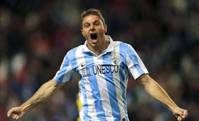 Joaquín celebrando un gol