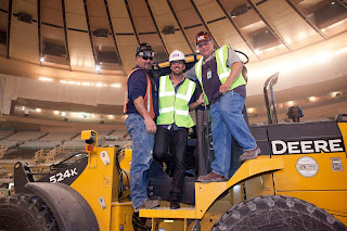 henrik lundqvist construction worker