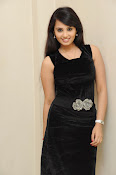 Actress Aarushi Glamorous Photos in Black-thumbnail-18