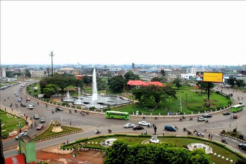 Photos of Nigeria: Roundabout at Ring Road, Benin City