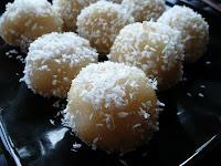 Coconut Ball - Edisi Resep Masakan Tulipware